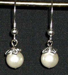 Pearls and Leaves Earrings