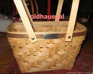 2006 Longaberger Collectors Club Basket Heartwood Maple
