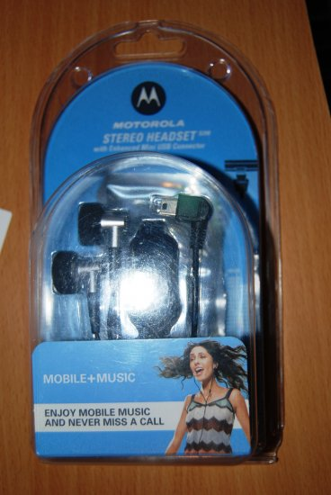 Motorola Stereo Headset with USB Connector S200