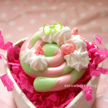 Lollipop ring [mint x pink, pink berries, mint ribbon]