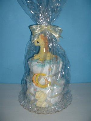 Baby Giraffe 2 Tier Diaper Cake