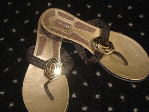 Free Shipping Gorgeous Gold & Brown Leather NINE WEST Sandals 8.5M