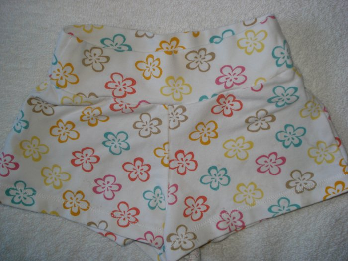 FREE SHIPPING BABY GAP Colorful Hawaiian Shorts 2T