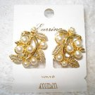 "FREE SHIPPING NEW MDM Tokyo Japan ""Gold & Pearl"" Clip-on Earrings"