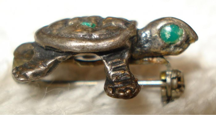 Free Shipping Unique Miniature Green Eyed Turtle Antique Pin