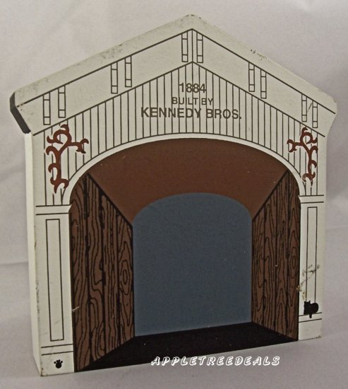 CAT'S MEOW VILLAGE 1996 COVERED BRIDGE KENNEDY 1884 NEW
