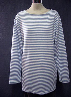 Size Large: SPRING SUMMER Blue Sky striped casual top