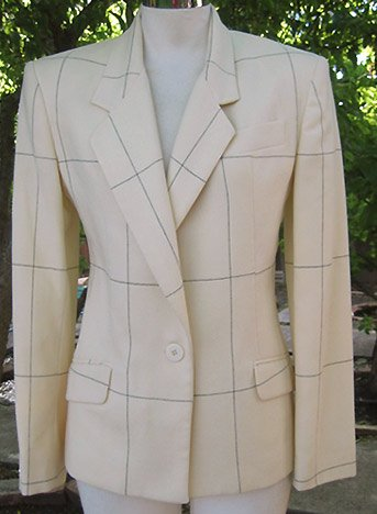Size 6: PROFESSIONAL Jones New York blazer jacket