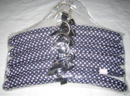 Clothes Hanger (TS-001)