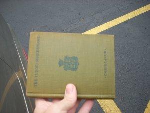 coriolanus old shakespeare book