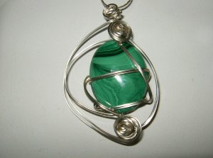 Wire Wrapped Malakite pendant w/ chain