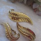 Gold Leaf (Vintage, signed) Sara Coventry pin and earring set