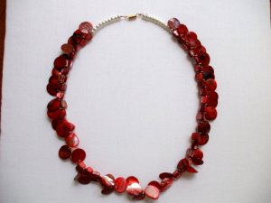 Red Mop Coins Shell Glass Beads Necklace