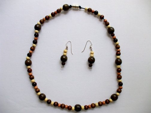 Multicolor Brown Wood Beads Necklace Ear Rings Set