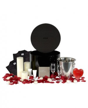 Lovers Choice Fantasy Suite Gift Set