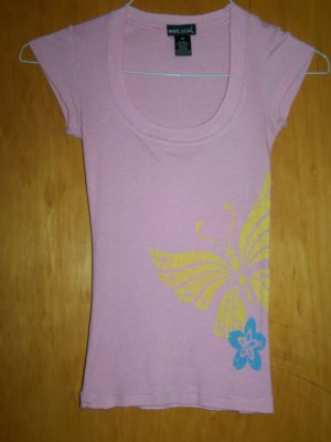 WetSeal Brand Pink T-shirt w. Butterfly & Flower deco - XS -