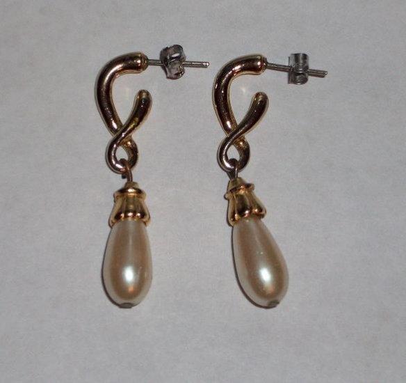 CLEARANCE: Faux Pearl Dangle Earrings