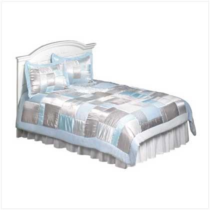 3 Piece Queen Comforter Set