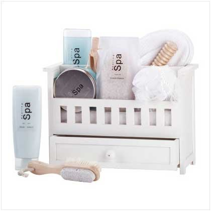 Bath Gift Set In Wood Shelf