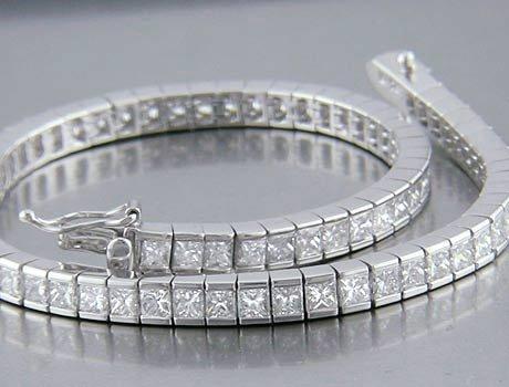 12.95ct PRINCESS CUT SIMULATED DIAMOND BRACELET
