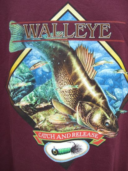 "WALLEYE (Fish) XL T-SHIRT ""CATCH & RELEASE"" LUCKY FISHING NWOT"