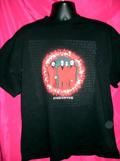 SOLD! Rare MUDVAYNE Black Large Large or XL T-Shirt Rap Metal Band