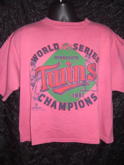 SOLD! Vintage 1991 World Series MN Minnesota Twins Ladies / Women's Crop Top Large of XL T-Shirt