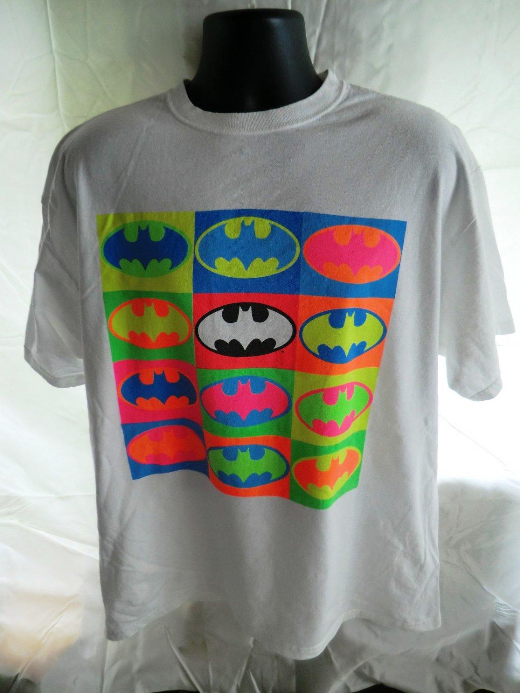 SOLD! Unique White BATMAN T-Shirt Size Large Neon Icon