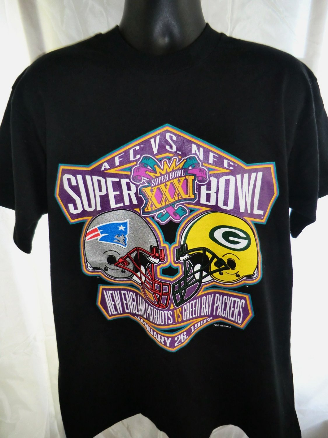 SOLD! Super Bowl XXXI Patriots vs Green Bay Packers T-Shirt Size XL 1997