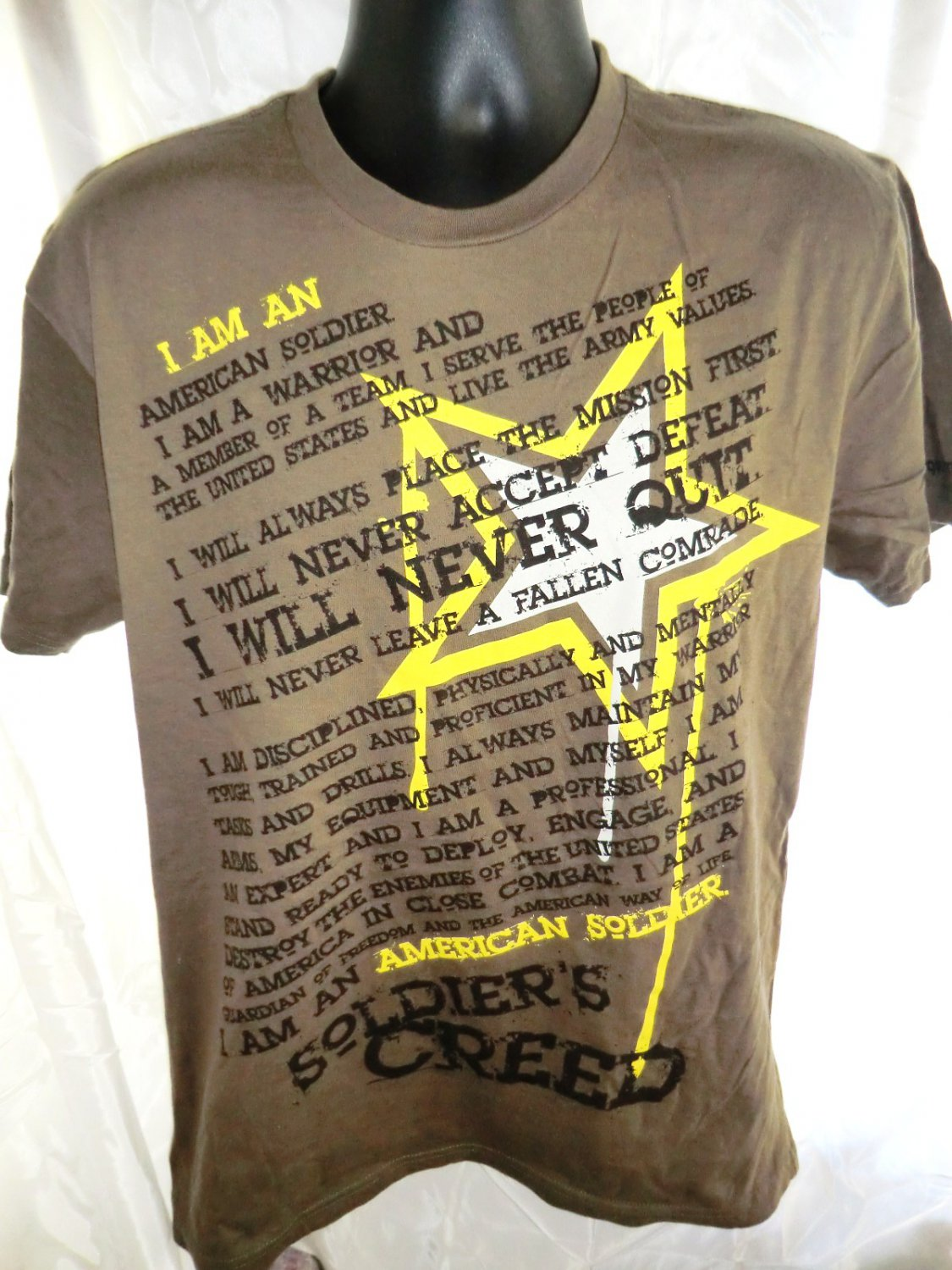 SOLD! SOLDIERS CREED US ARMY T-Shirt Size Medium/Large
