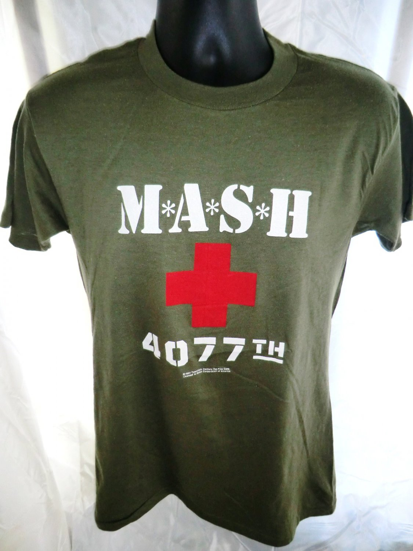 Vintage 1981 MASH 4077th  T-Shirt Size Small or Medium