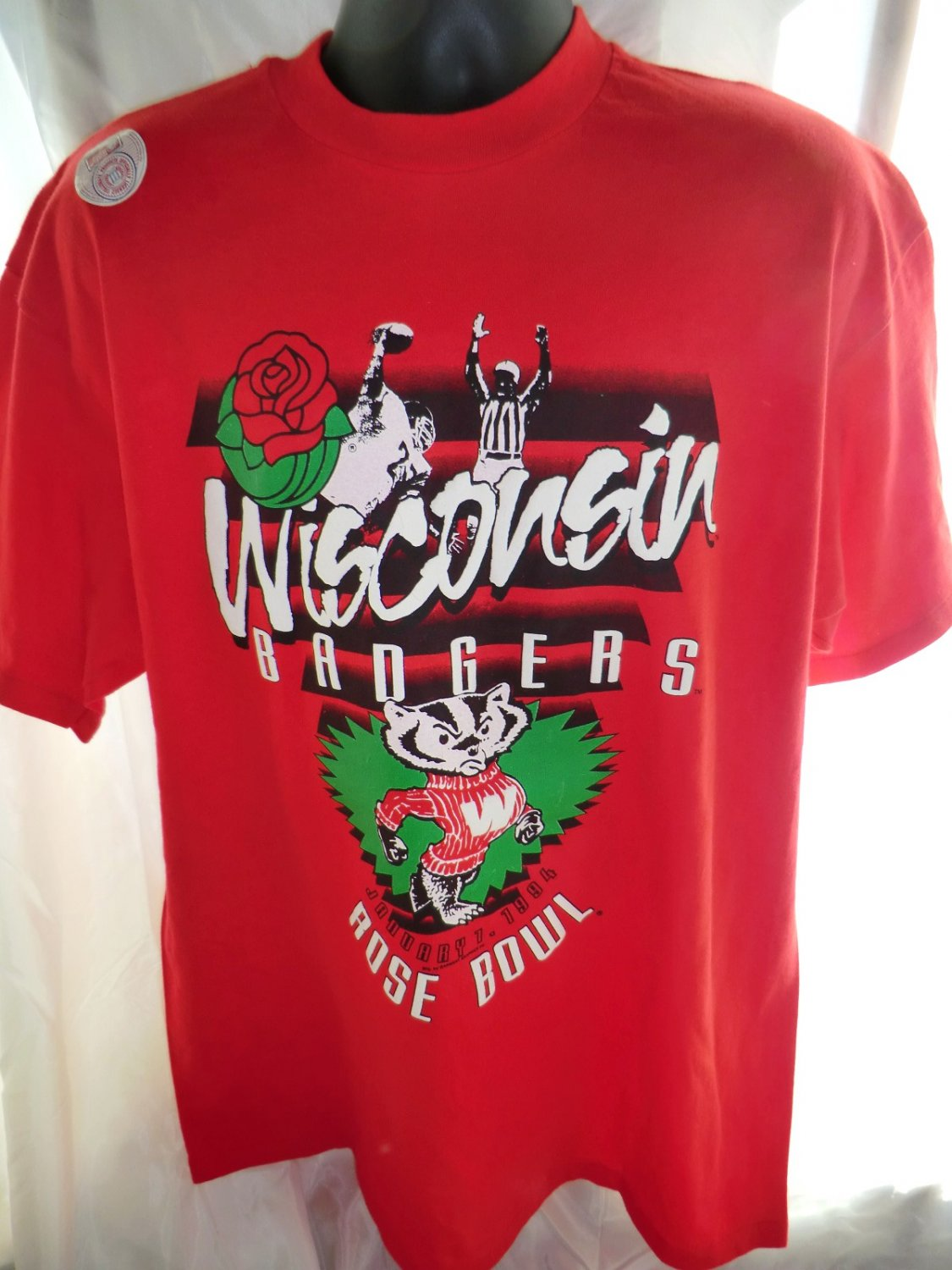SOLD! NWT Vintage 1994 Wisconsin Badgers ROSE BOWL XL T-Shirt Red Never Worn! WI