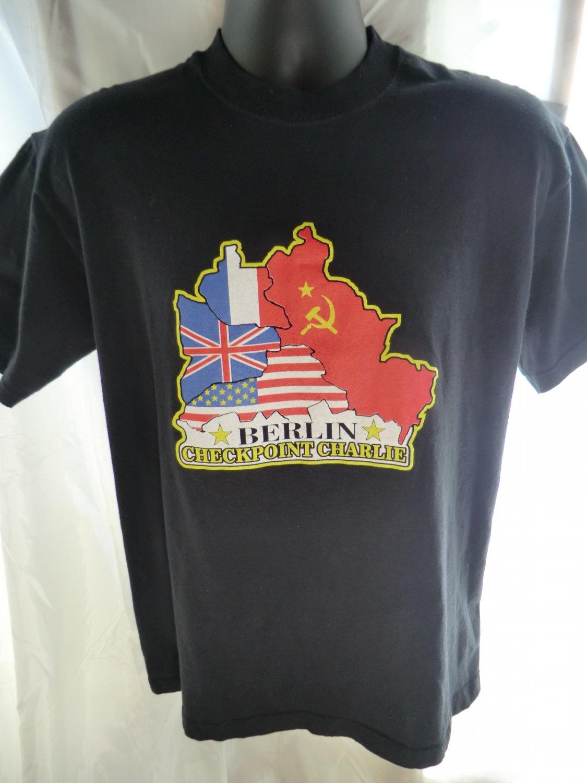 BERLIN Germany CHECKPOINT CHARLIE T-Shirt Size Medium