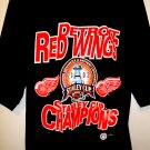 2002 Detroit Red Wings T-Shirt Size Large  LIDSTROM 5 Stanley Cup Champions