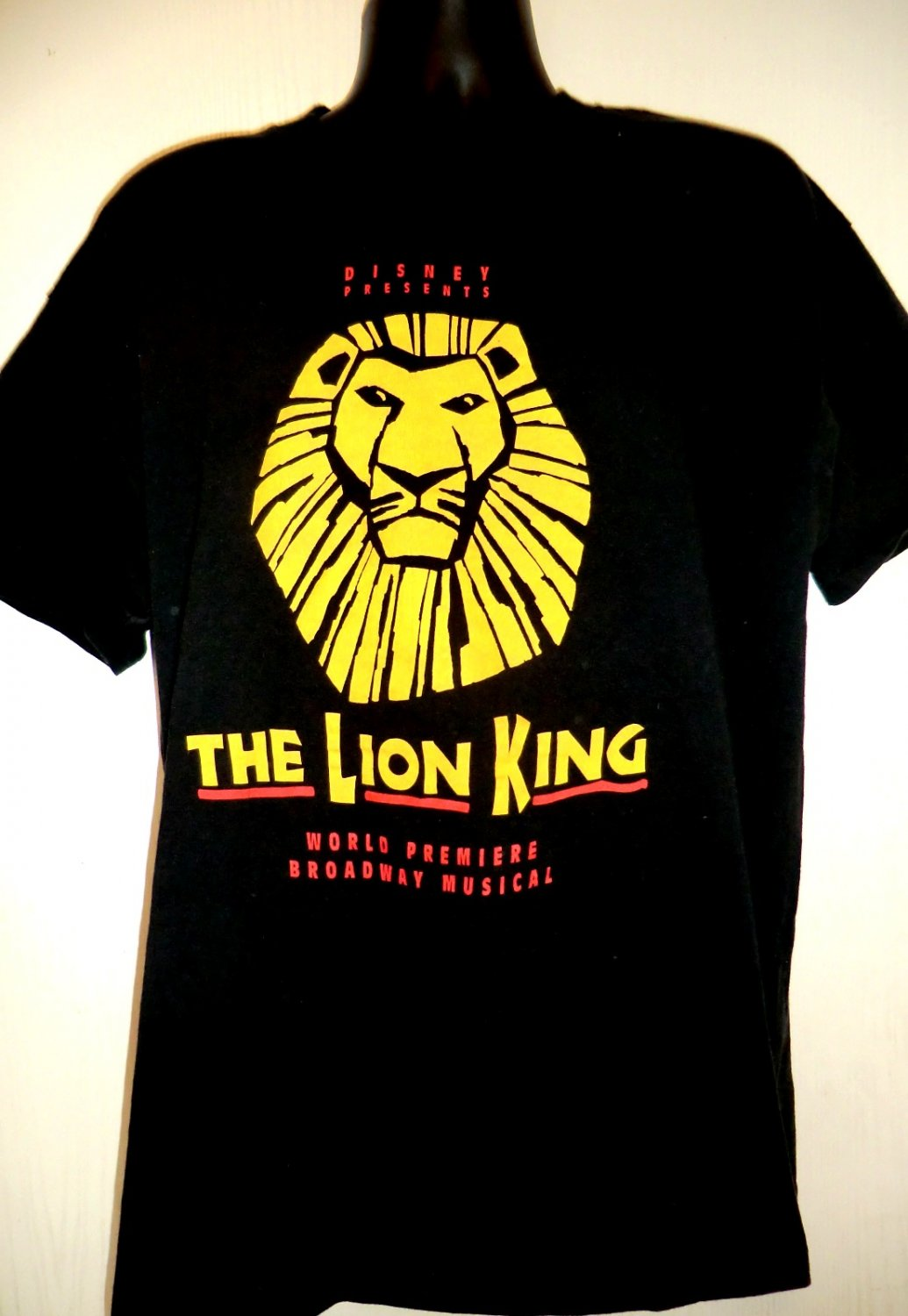 VINTAGE Disney's BROADWAY LION KING XL T SHIRT 1997 PREMIERE in Minneapolis
