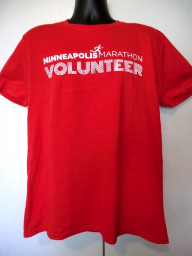 Minneapolis Marathon Volunteer T-Shirt Size Large Minnesota MN