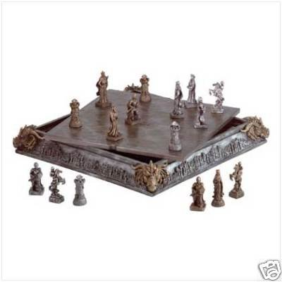 Medieval Chess Set w/ 32 detailed chessman - exquisite chess set!