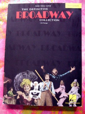 The Definitive Broadway Collection Songbook 120 Songs Piano Guitar Vocal
