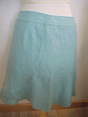 Pretty Blue Skirt by Gap, Size 6, NWOT