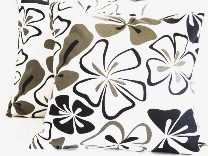 "Florals Cotton Pillow Cushion Cover 19"" Black/White"