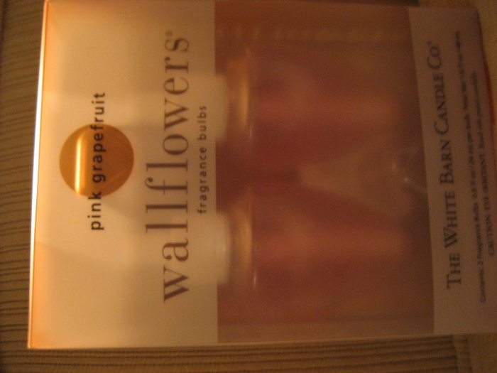 Bath & Body Works sparkling peach wallflowers