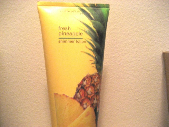 Bath & Body Works FRESH PINEAPPLE Shimmer Lotion