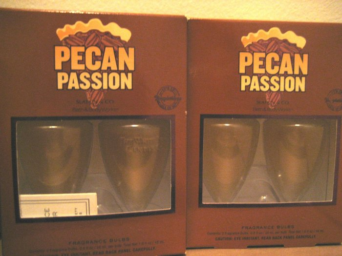 2 Bath & Body Works PECAN PASSION  Wallflowers Refill