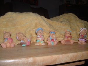 Lot of 6 Miniature Teddy Bear Figurines