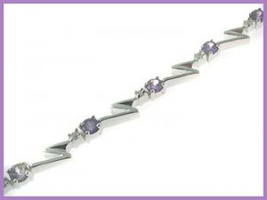 "21 Round Created Amethyst Bracelet 925 Silver 7.5"""