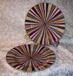 Laura Ashley GRAPEFIELDS (2) B n B plates