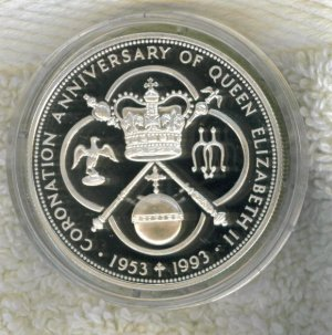 SILVER 1993 CAYMAN ISLANDS $5.00 PROOF COIN - 92.5% SILVER !