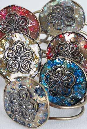Bracelet Bangle Circle Flower & Glitters Brass Finish/DZ ** New Arrival** 6 Color Asst - GB216/GW45