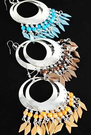Earrings large Circle W Metallic Color Beads/DZ 6 Color Asst