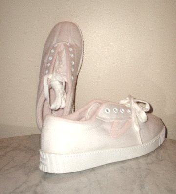 New TRETORN Nylite Canvas shoes sneakers white/pink Womens 8 *NIB*